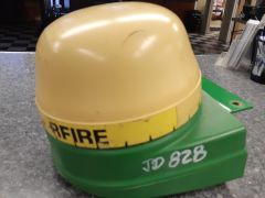 Good used StarFire ST72600 GPS receiver salvage part for sale at Combine World in Saskatchewan.  For 9650-9750 STS combines, JohnDeere tractors. Comes with position receiver & bracket. OEM part # PF80385; substitutes for PF80313, PF80860. (Front view, ma