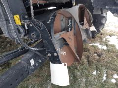 Factory chaff spreader for sale. Off a NH CR960, fits narrow-body NH combines. Dual disc. 8/10 condition. Sold with one year warranty.