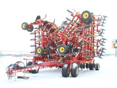 2012 Bourgault 5810 72' Air Drill