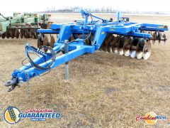 """Landoll 6120-14 14' disc for sale.9"""" spacing. Discs v. good, front 21""""-22"""", rear 22"""", v. good tires. Excellent cosmetically, v. good condition."""