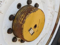 Planetary / Power Wheel from Rogator 1064 Sprayer (Front)