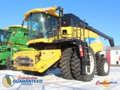 New Holland CR9070 combine for sale. 1670/2130 hrs, lat tilt, AHHC, F/A, Y&M, hopper ext'n, 24' aug, concaves exc, v.g. cond.