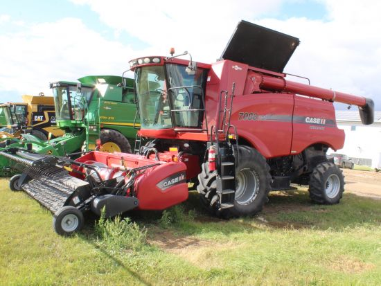 Case IH 7088 combine for sale. 1587/2132 hrs, AFS Pro 600, lat tilt, AHHC, F/A, hopper ext'n, 21' aug, v. good cond. Headers & pickups avail.