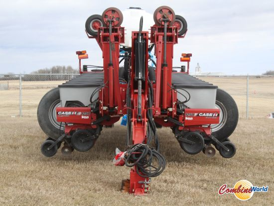 """Case 1250 Early Riser 24-row planter for sale.  60' wide, 30"""" spacing, single shoot, CNH dual coulter/pakcer openers, 600 gal tank, v. good cond."""