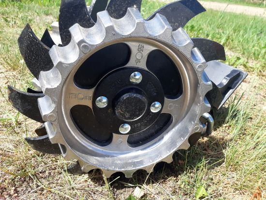 Yetter Row Cleaners (Short/Narrow) for Case IH Planters